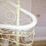 белая лестница изготовление в алматы