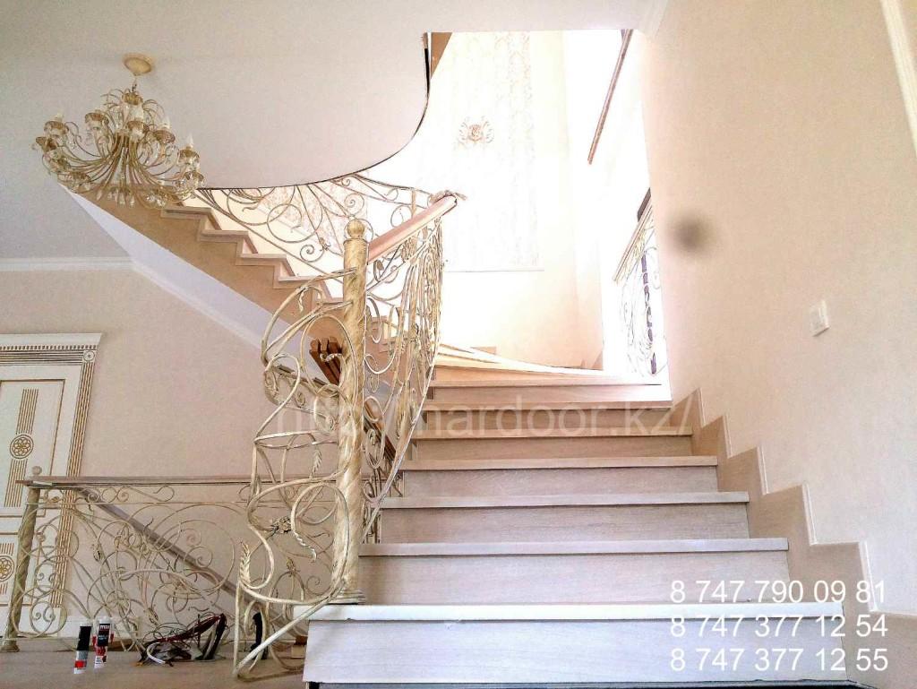 изготовление лестниц на заказ в алматы
