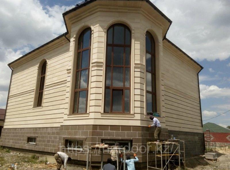 фасад травертин фото, облицовка стен гранитом